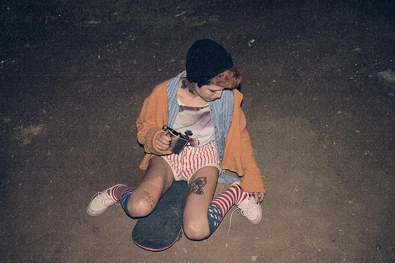 longboard girl, skateboard analog fotoğraf serisi midnight city cem çelik